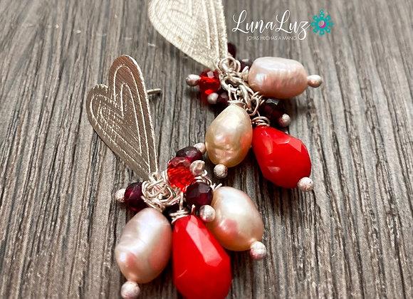 Aros Racimo Corazón en Granates, cristales y Perlas