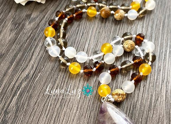 Collar *EQUILIBRIO ESPIRITUAL* trabajado en piedras naturales