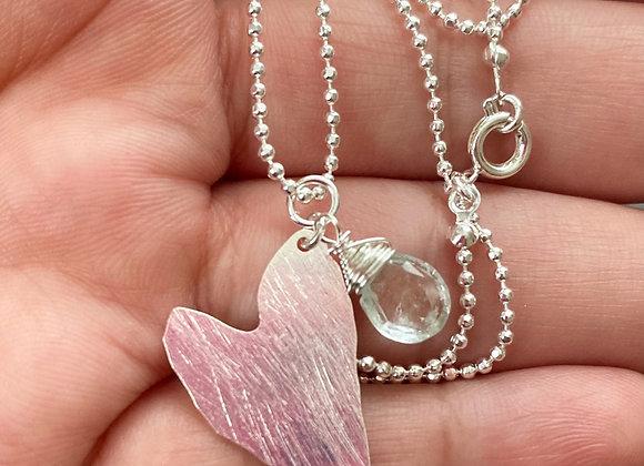 Cadena Corazón Enchape de Plata 950 con una hermosa gota de Aguamarina