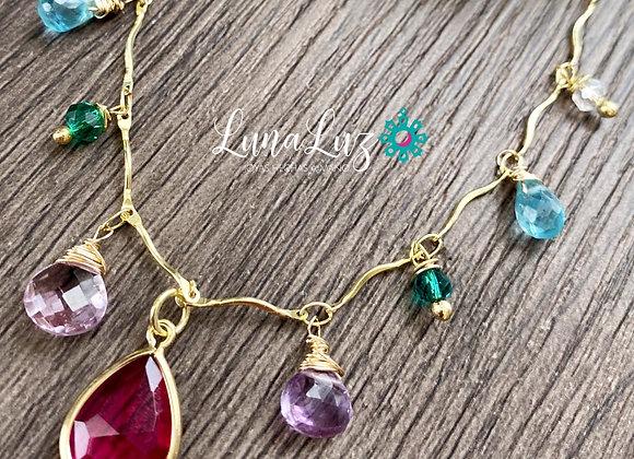 Collar Enchape de Oro 18k con piedras naturales. Mide 45cms