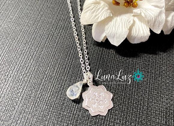 Collar corto 45 cms Baño de Plata con gota de Piedra Luna