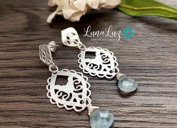 Aros Enchape de plata 950 con bellas gotas de Aguamarina facetada