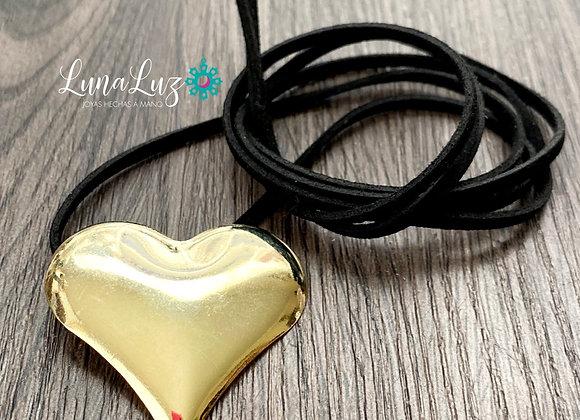 Cordón multiuso gamuza con Maxi Corazón Enchapado en Oro 18k