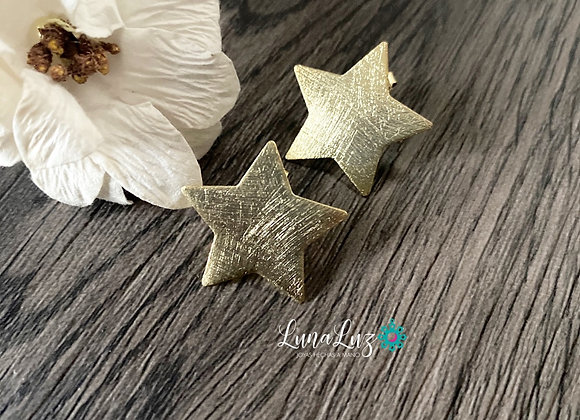 Estrellas grandes Enchapadas en Oro 18k