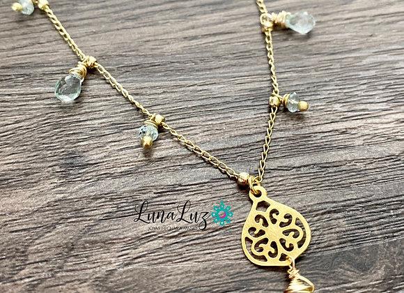 Collar Enchape de Oro 18k en piedras Aguamarina
