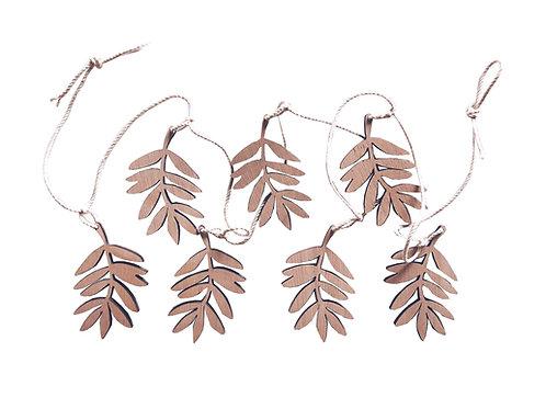 Guirlande de feuilles en bois