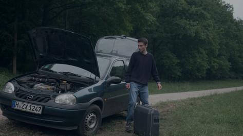 Sven mit auto.jpg