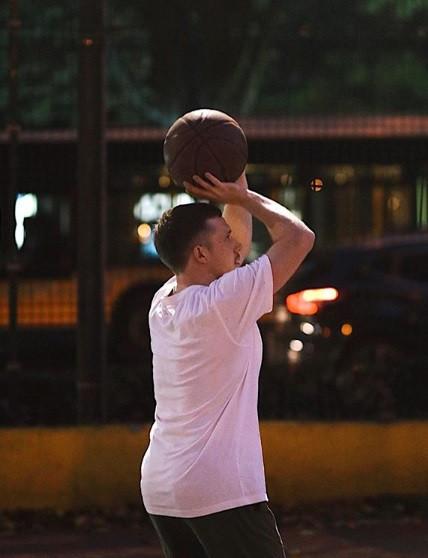 Витя и баскет.jpg