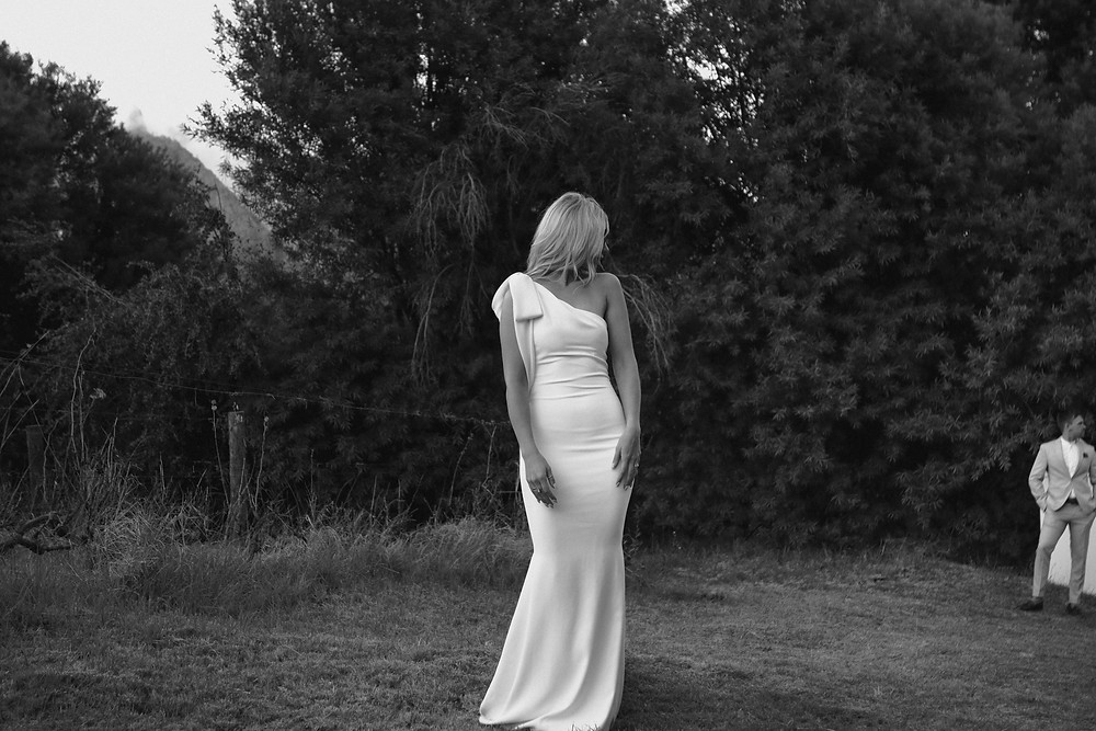 Black and white photo of bride in the Franschoek winelands