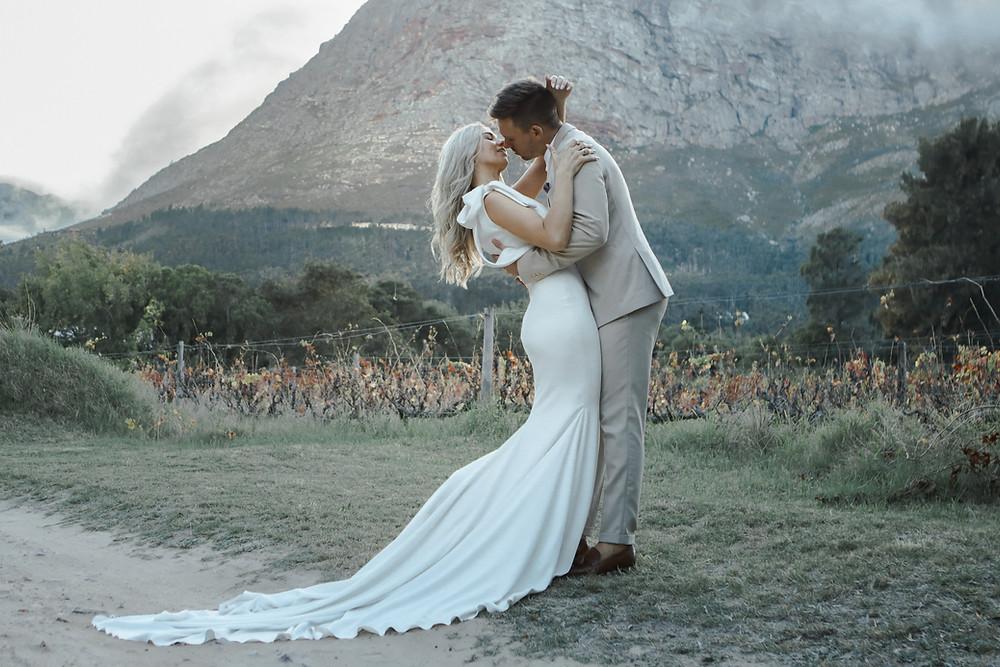Photo of newlyweds in the Franschoek winelands