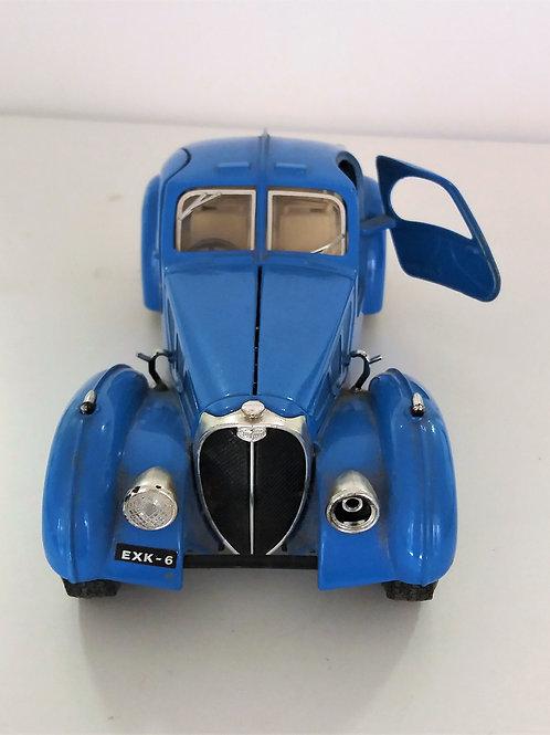 Coche de juguete Bugatti