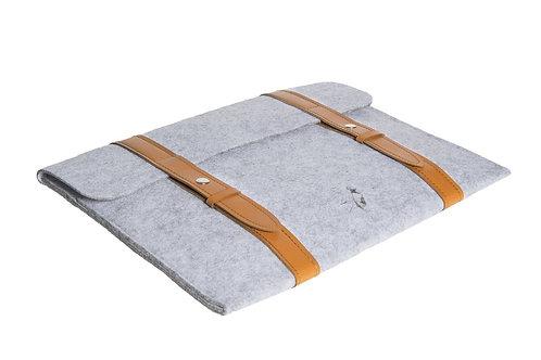15 inch gray eco-felt computer bag, leather handle
