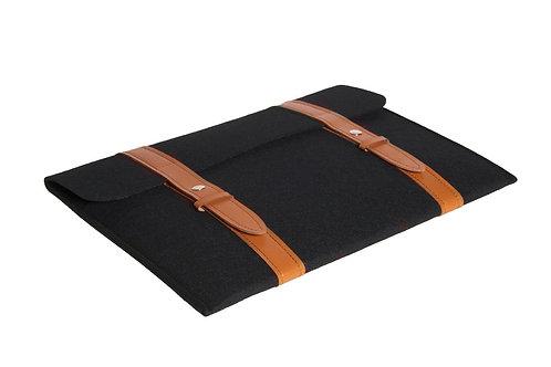 15 inch black eco-felt computer bag, leather handle