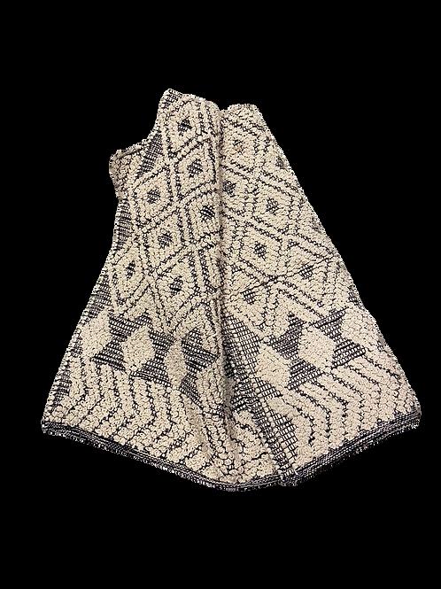 Dress Carpet - Black and Ecru 120 x 180 cm