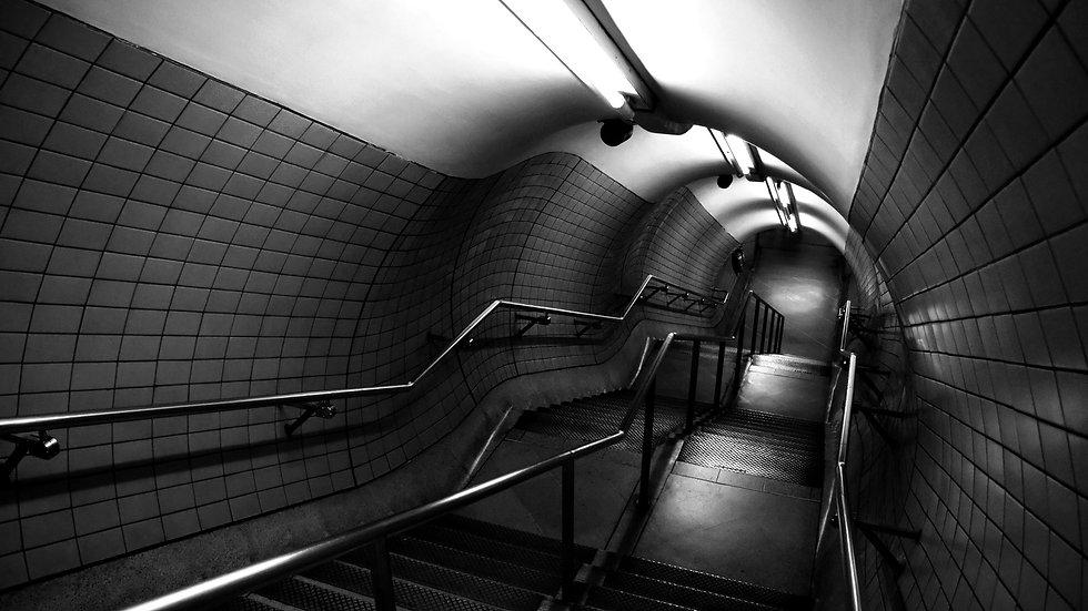 subway_down_stairs_underground_38261_192