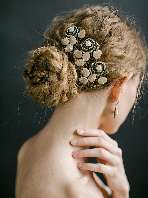 Renaissance. Hair comb.