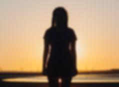 silhouette-woman_redigerad_redigerad.jpg