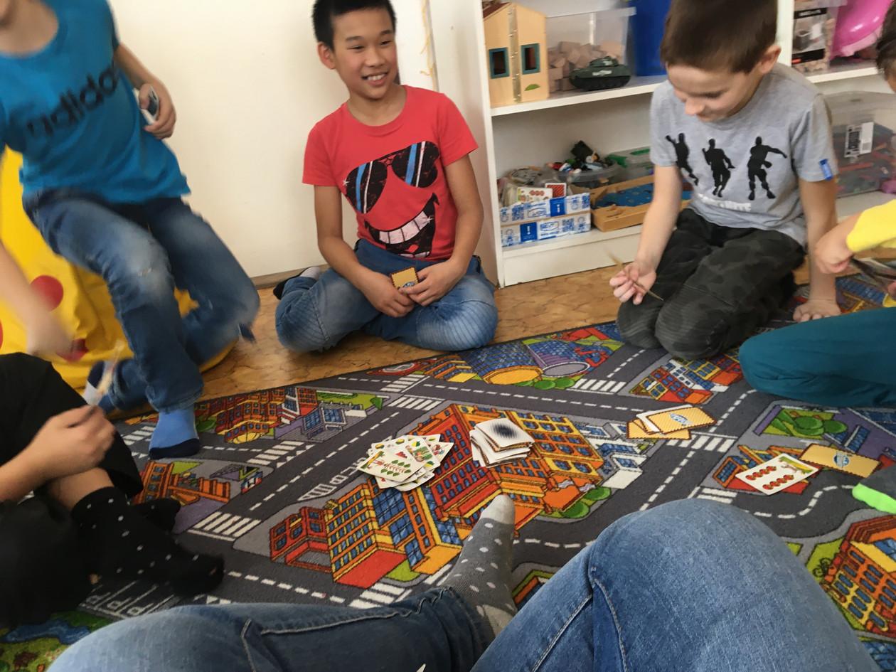 Hrajeme si ve školní družině