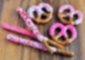 valentines-day-dipped-pretzel-twists-rod