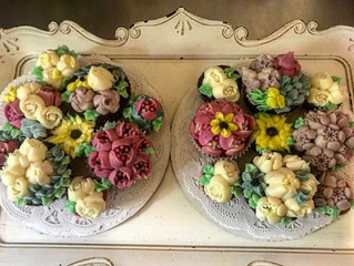 How About a Bouquet of Cupcakes for Your Mama?