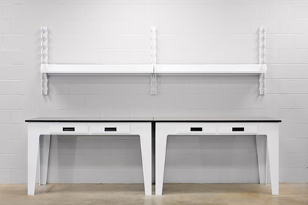 Polypropylene tables with drawers