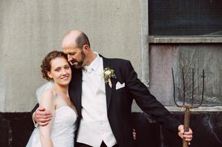 Bauer heiratet Frau