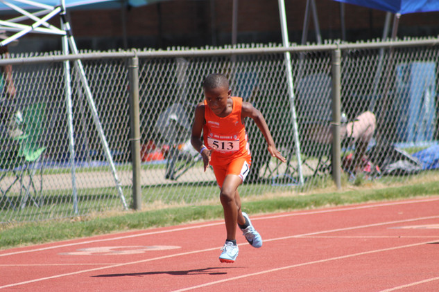 Carter Cockern 200m