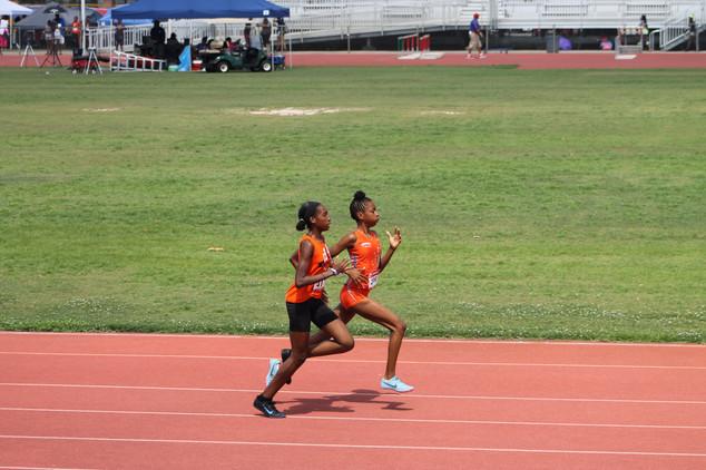 Lindsay Gholston 800m