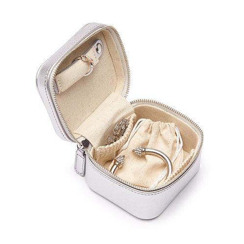 Luna Petite Travel Jewelry Case in Silver