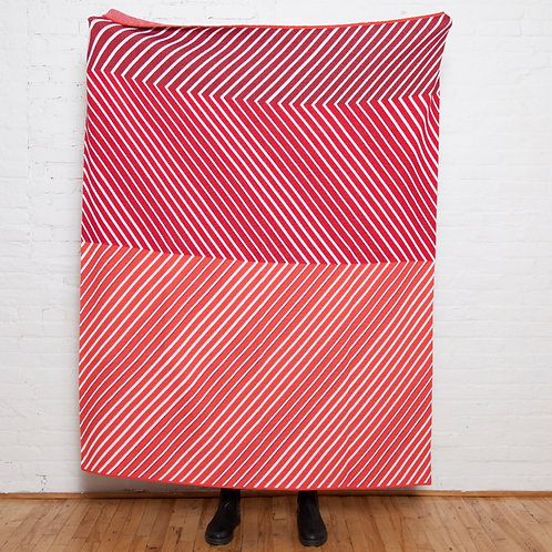 Eco Zag Throw in Red