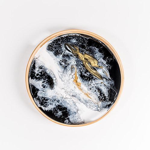 Round Bamboo Resin Serving Tray in Black/White/Gold Metallic