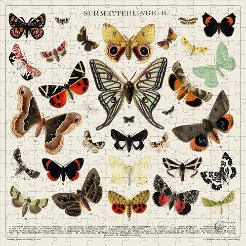 250 Pieces Wooden Puzzle: Butterflies + Moths
