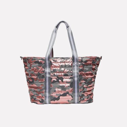 Wingman Bag in Shiny Pink Camo