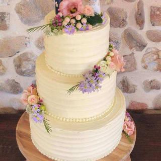 semi naked wedding cake mar3 g.jpg