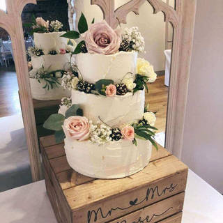 wedding cake  mar g4.jpg
