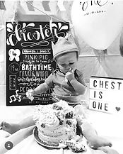 CAKE SMASH!!!! 🖤_edited.jpg