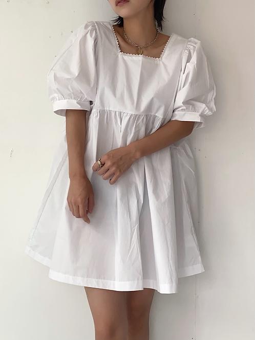 Lace puff dress