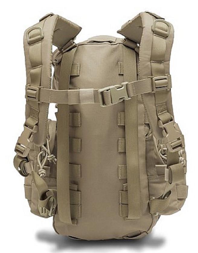 Warrior Assault Systems Rucksack Helmet Cargo Pack Coyote Rückseite