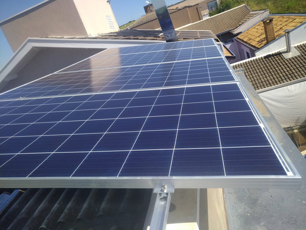 Limeira - Cond. Rolan II - Micro Inversor Apsystems 2.64KWP