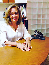 Dra Elisabeth Hahn