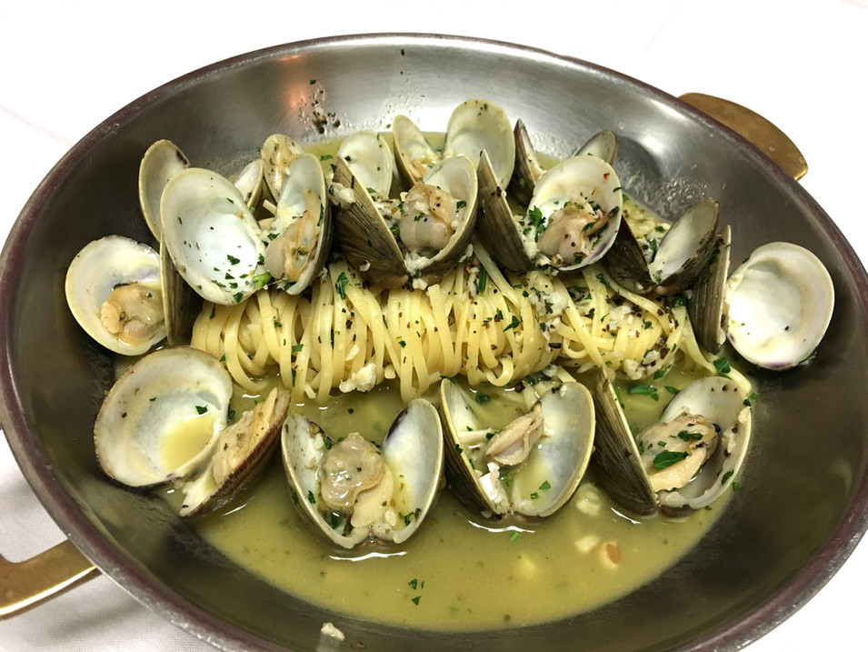 Clams White.jpg