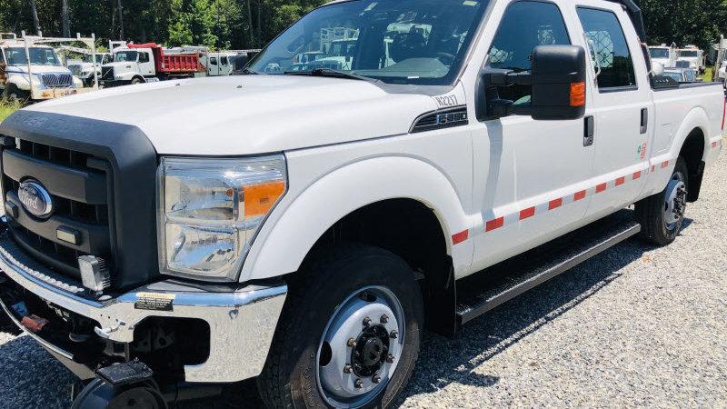 2012 Ford F350 XL Super Duty Crew Cab 4x4 Hi Rail Pick Up Truck