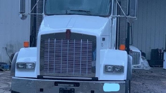 2013 Kenworth T-800 High Rail Material Truck