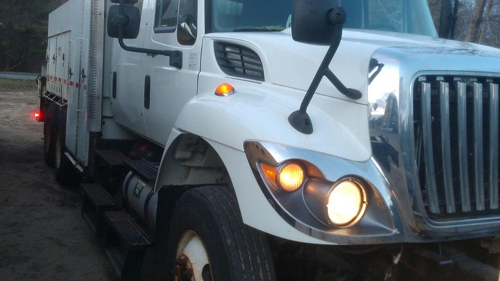 2013 International Work Star 7400 6x4 Hi Rail Gang Truck