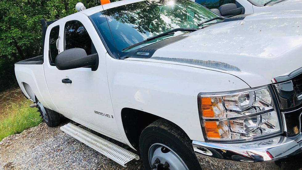 12 Chev 2500 HD  Ext. Cab  Long Bed  169K  HI Rail