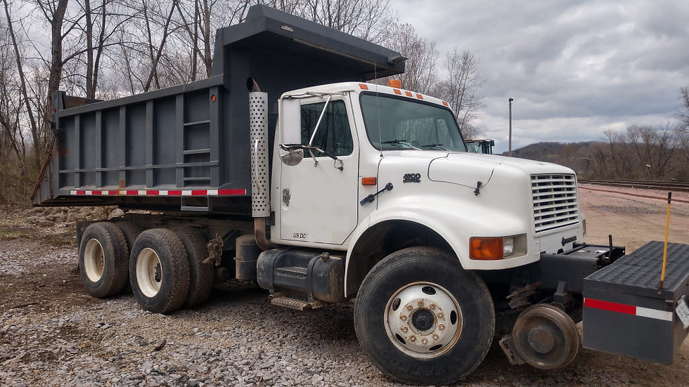 1999 International 4900 High Rail Rotary Dump Truck