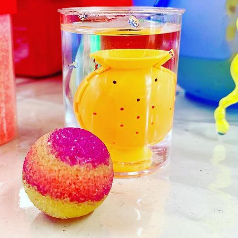 Bouncy ball 2.jpg