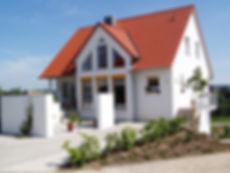 house-66627_1280.jpg