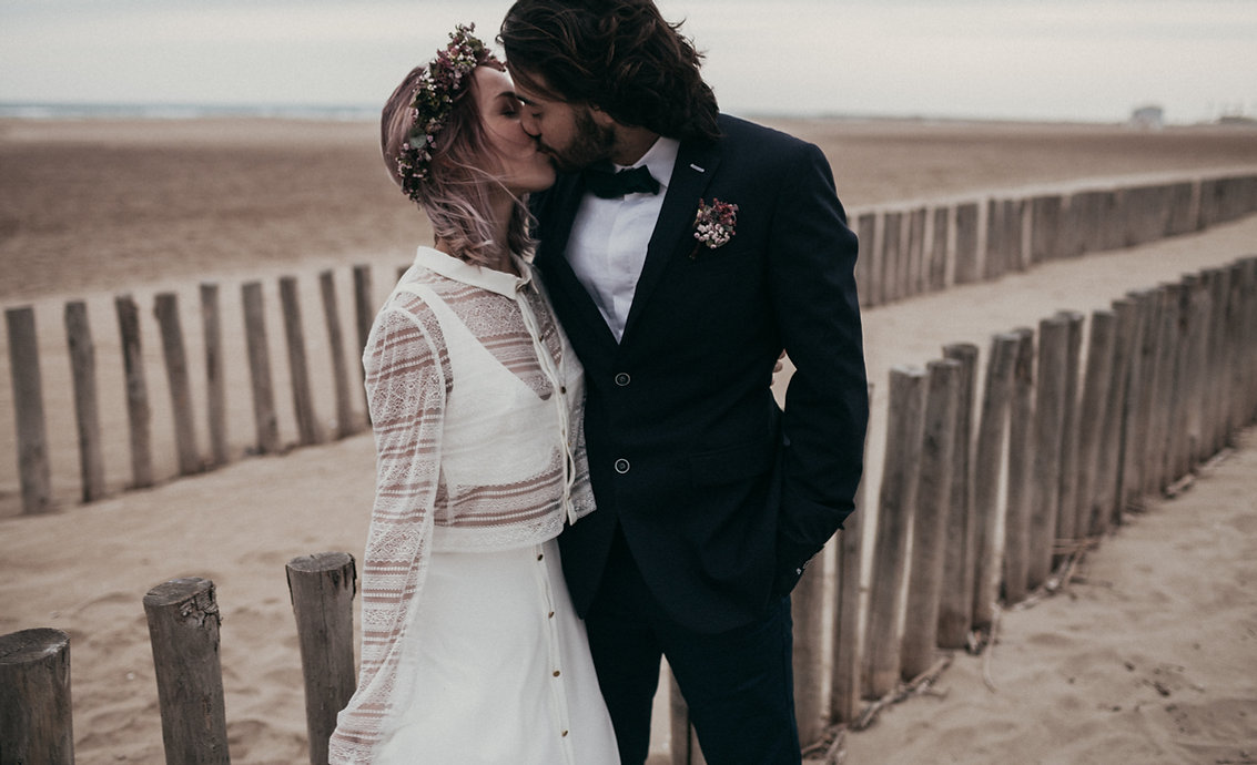 Costume de mariage bleu