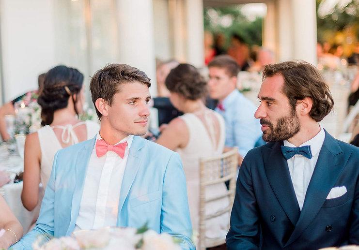 costume de marié bleu pastel